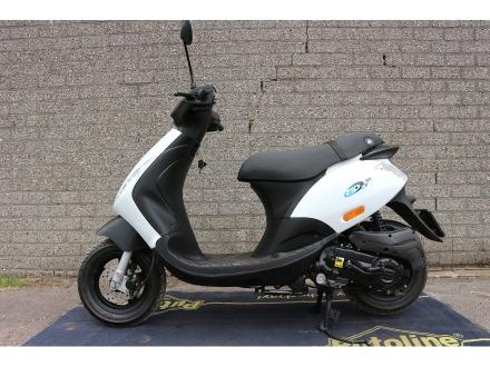 jaap mulder scooters piaggio zip 995. Black Bedroom Furniture Sets. Home Design Ideas